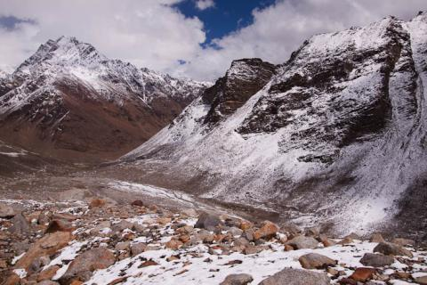 View from the pin valley side of the Pin Parvati Pass